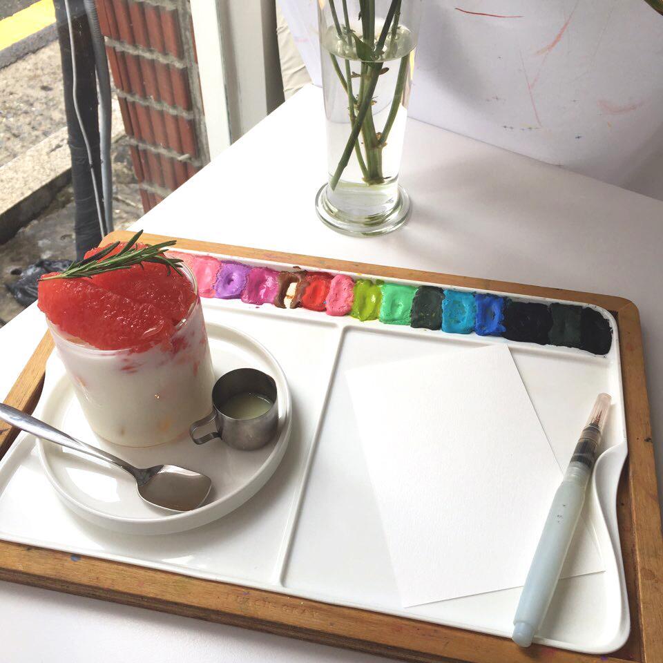 Peach Gray Cafe