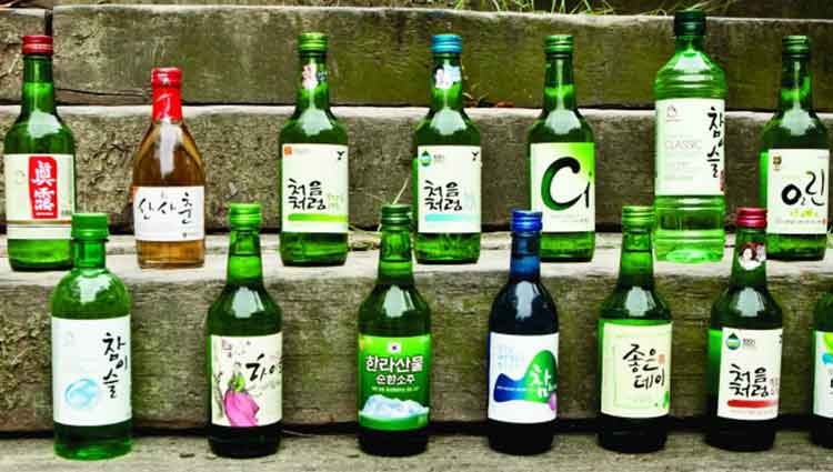 Why Koreans Drink Soju When They are Gathering